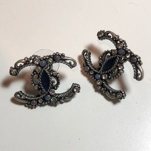 Chanel 2017 Black Silver earrings
